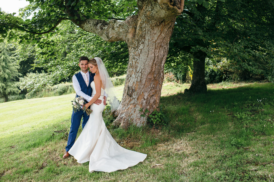 Looking for that perfect countryside wedding venue in Cornwall? Look no further then Launcells Barton